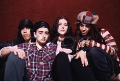 Formation 4 Non Blondes was formed when bassist Christa Hillhouse and guitarist Shaunna Hall met d For Non Blondes, Alternative Music, Music Artists, Grunge, Female, Up, Rock, Stone