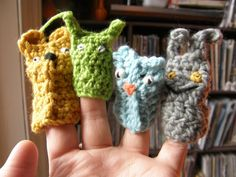 cardboard tube puppets :: Matsutake Celebrate Where the Wild Things Are with one of these crafts and a treat! wild thing puppet :: Whimsy Love crochet finger puppets :: Meet Me At Mike's wild things tote :: Bookhou Crafts printable. Crochet Crafts, Yarn Crafts, Crochet Toys, Crochet Baby, Crochet Projects, Knit Crochet, Diy Projects, Diy Crafts, Handmade Christmas Gifts