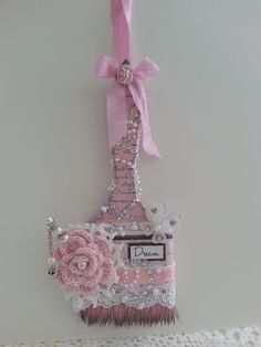 I have a shabby chic altered paintbrush to share with you all today. Shabby Chic Art, Shabby Chic Crafts, Vintage Crafts, Paint Brush Art, Paint Brushes, Crafts To Make, Arts And Crafts, Diy Crafts, Recycled Art Projects