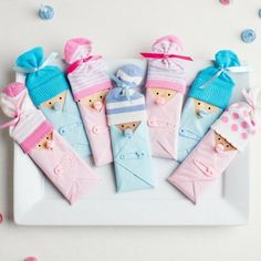 Pastel Blue Opaque Pacifier Favors - Baby Shower Candy Bar Favor Idea Source by Best Kadın Distintivos Baby Shower, Cadeau Baby Shower, Baby Shower Candy, Baby Shower Crafts, Shower Bebe, Baby Shower Themes, Baby Boy Shower, Baby Showers, Shower Ideas