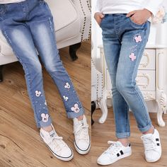2017 spring children's clothes girls jeans causal slim thin denim baby girl jeans for girls big kids jeans long trousers - Kid Shop Global - Kids & Baby Shop Online - baby & kids clothing, toys for baby & kid Baby Girl Jeans, Girls Jeans, Baby Outfits, Kids Outfits, Baby Shop Online, Stylish Kids, Kind Mode, Jeans Style, Jeans Pants