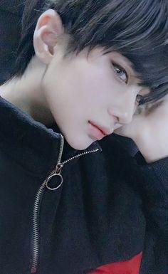 Cute Japanese Boys, Pretty Korean Girls, Cute Korean Boys, Pretty Asian, Cute Girls, Korean Boys Ulzzang, Ulzzang Boy, Cosplay Boy, Aesthetic People