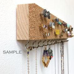 Painted Cork – Jewelry Organizer – Earring Holder – Stud Earrings – Cork Holder – Tropical – Wood Jewelry Hanger – Minimalist - About jewelry organizer diy Stud Earring Organizer, Diy Earring Holder, Earring Hanger, Diy Jewelry Holder, Jewelry Hanger, Cork Holder, Earring Display, Diy Jewelry Unique, Diy Jewelry To Sell