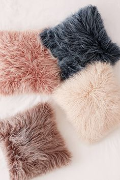 Crimped shag faux fur pillow with bleached tips for a chic frosted look! Pair it with the Marisa Tipped Faux Fur Blanket for cozy, coordinating accents on your bed or couch! Cute Pillows, Fluffy Pillows, Throw Pillows, Decor Pillows, Room Ideas Bedroom, Girls Bedroom, Bedroom Decor, Tahari Bedding, Gold Rooms