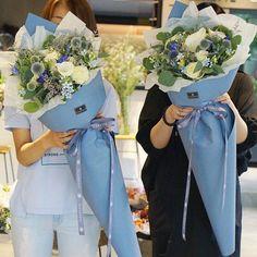 Valentines Day At Trader Rose >> DIY Mini Flower Bouquets | Flower bouquets, Minis and Flower