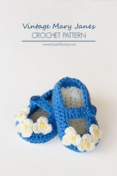 Vintage Mary Jane Baby Booties #Crochet Pattern free from Hopeful Honey