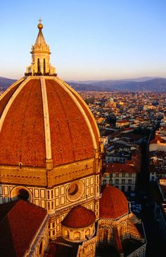 Dome of cathedral (Duomo), Santa Maria del Fiore, Florence, Italy by Lonely Planet Images