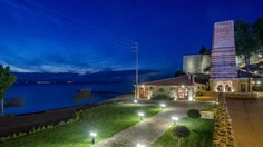 #kaminos  #Evian #Gulf #Greece #hotel #resort Holiday Time, Greece, Relax, Holidays, Mansions, House Styles, Gallery, Building, Nature