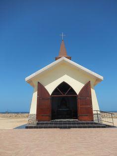 Een klein kerkje in Noord.