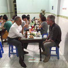Anthony Bourdain showed President Obama how to properly slurp noodles.    Food