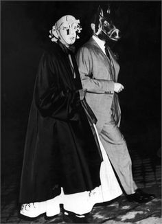 The Rothschilds hosted this surrealist party back in 1972 - I wonder if, as the night progressed, it degenerated into something from Eyes Wide Shut?
