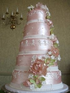 @KatieSheaDesign ♡❤ #Cakes ❤♡ ♥ ❥  #Wedding...I like this sheeny pink, would want a totally design but love this pink
