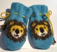 Designs by Marianne Olsen Baby Shoes, Slippers, Kids, Clothes, Design, Fashion, Young Children, Outfits, Moda