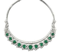 Fine emerald and diamond necklace, - Sotheby's Diamond Necklace Set, Emerald Necklace, Emerald Jewelry, Diamond Jewelry, Bulgari Jewelry, Royal Jewelry, Vintage Jewelry, Fine Jewelry, Jewellery