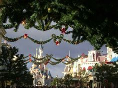 Very Merry Christmas, Christmas Time, Disneyland Paris Castle, Cinderella Castle, Disney Magic, Merry Little Christmas