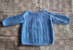 Crochet Baby Dress Pattern, Knit Crochet, Knitting For Kids, Baby Knitting, Cardigan Bebe, Old Models, Baby Sweaters, Alter, Knitwear