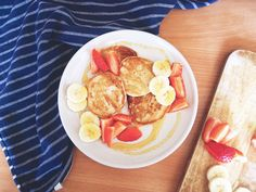 Super fluffy and comforting vegan pancakes! Egg, and Dairy free!! <3