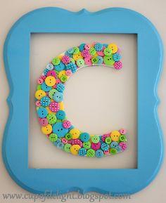 Button Monogram C