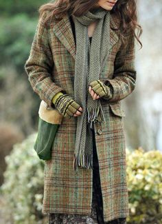 Mitten to go with Tweed, not a bad idea...