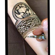 For this type of Exclusive Bridal mehndi art Contact bridal mehndi artist - Jyoti Chheda - Available Worldwide for Bridal Mehndi & Classes +919819352829 #portraitmehndi #Bridalmehndidesign #mehndidesign #Mehendiartist