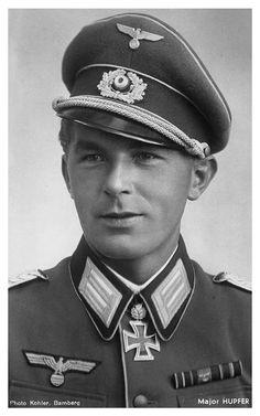 ✠ Konrad Hupfer (21 October 1911 - 10 April 1944)  RK 21.09.1941 Hauptmann Chef 14./Inf.Rgt 72 46. Infanterie-Division [136. EL] 28.10.1942 Hauptmann Kdr I./Inf.Rgt 46. Infanterie-Division. Killed near Czernowitz.