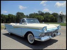 1957 Ford Fairlane 500 Photo Gallery - ClassicCars.com & Hemmings Motor News