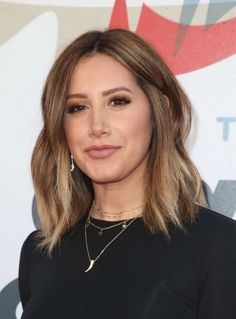 Ashley Tisdale's close-up at the Inaugural Janie's Fund Gala and Grammy Party in LA Ashley Tisdale Hair, Lindsay Lohan Hair, Hair Inspo, Hair Inspiration, Hair Color And Cut, Hair Colour, Latest Haircuts, Cute Beauty, Dream Hair