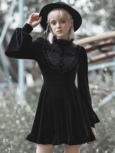 Punk Dress, Goth Dress, Harajuku, Dark Fashion, Gothic Fashion, Witch Fashion, Vintage Fashion, Alternative Outfits, Alternative Fashion