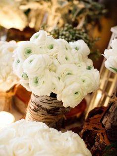 Centrotavola con fiori bianchi
