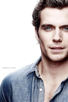Henry Cavill AKA Superman AKA Thesius