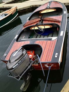 Runabout Boat, Boston Whaler, Classic Wooden Boats, Boat Engine, Float Your Boat, Old Boats, Boat Stuff, Outboard Motors, Speed Boats