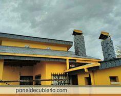 Panel de madera para tejados y cubiertas con núcleo aislante