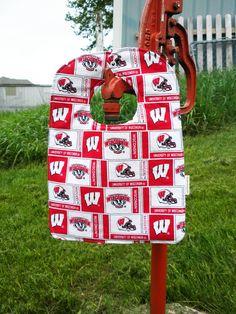 Snazzy Reversible 'On Wisconsin' Badger Bib. $8.00, via Etsy.