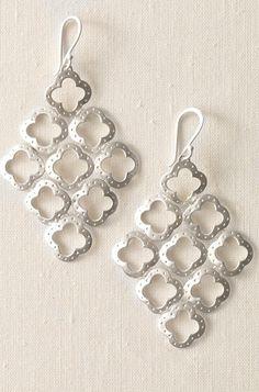 Stella & Dot clover chandelier earrings
