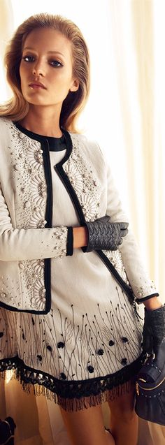 This is very pretty and can be worn for so many occasions and could wear jacket with jeans...