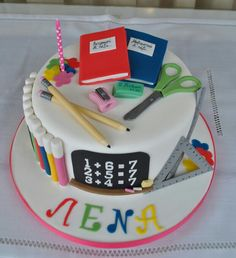 School cake first grade for a 7 year old girl