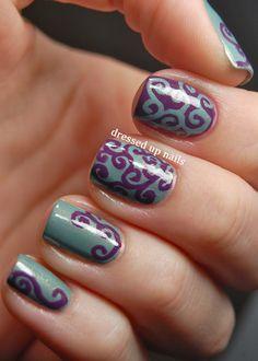 Swirly purple & turquoise nails