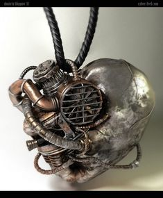 Welcome to the World of Steampunk Imagine a high-tech world where the machines were powered by steam and clockwork mechanisms replaced electronics. Steampunk Heart, Steampunk Necklace, Steampunk Diy, Steampunk Fashion, Steampunk Clothing, Gothic Fashion, Triumph Bonneville Custom, Bicycle Store, Bike Photoshoot