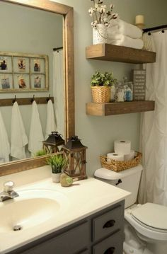 Farmhouse Small Bathroom Remodel and Decor Ideas (41)