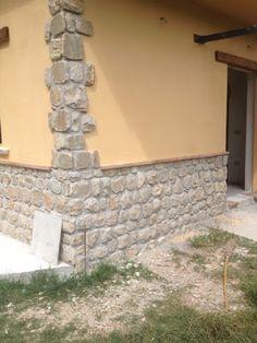 Exterior House Colors, Exterior Design, Column Design, House Extensions, House Front, Terrazzo, Sidewalk, Cottage, House Design