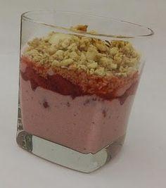 Strawberry Yogurt Parfait www.healthyfrog.usana.com Usana Reset, Health And Nutrition, Health And Wellness, Healthy Foods, Healthy Recipes, Low Glycemic Diet, Yogurt Parfait, Low Gi, Test Kitchen