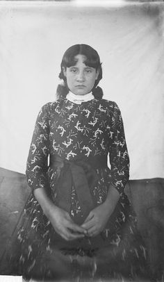 Lilly Smith, Chief Smith's Daughter - Cherokee - 1888  ~  I'm supposed to be a direct descendent of a Cherokee chief and my great-great-grandma was a Smith on the Cherokee reservation.  Wonder if Smiths were really common or if this is a relative!  :)  slp