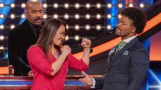 "WBC boxers score a game show KO over UFC fighters -- for charity -- on ""Celebrity Family Feud."""