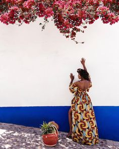 """""""Reach for the stars so if you fall you land on a cloud""""  I know you're tired of seeing me in this damn dress.  Don't forget to enter Giveaway from last post. Thanks for all your orders!!! More exciting things will be coming soon @SHOPA.au  #aauoaxaca #agoldenexperience"""