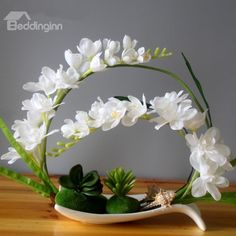5 Smart Tips: Small Artificial Plants Fake Grass artificial plants outdoor silk flowers.Artificial Plants Indoor Farmhouse artificial plants diy how to make. Small Artificial Plants, Artificial Plant Wall, Artificial Flowers, Orchid Flower Arrangements, Ikebana Arrangements, Arreglos Ikebana, Hanging Flower Pots, Phalaenopsis Orchid, Plant Decor