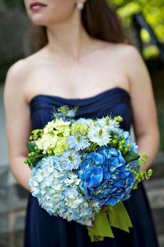 Blue Wedding Flowers Real Charlotte Wedding, Wedding Real Weddings Photos by Piper Warlick Photography - Wedding Real Weddings Gallery by WeddingWire - Susanne Blue Wedding Flowers, Wedding Colors, Wedding Bouquets, Green Flowers, Yellow Roses, Pink Roses, Trendy Wedding, Summer Wedding, Wedding 2015