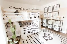 THE LifeStyled CO Casa de Lee Project girls bedroom modern fa Shared Girls Room Bedroom Casa casadeleeproject girls Lee LifeStyled modern Project Modern Kids Beds, Modern Girls Rooms, Modern Bunk Beds, Trendy Bedroom, Girls Bedroom, Kids Rooms, Boy And Girl Shared Bedroom, Bedroom Ideas, Bedroom Pictures