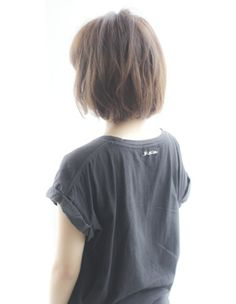 Japanese hair style- maybe I will have to cut my hair shorter...... <3