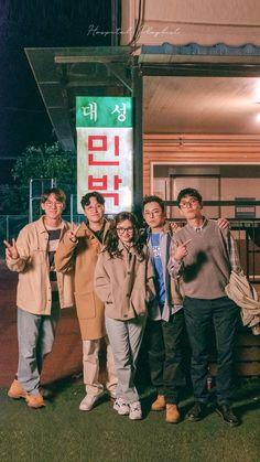 Cast of Hospital Playlist Cho Jung Seok, Yoo Yeon Seok, Korean Drama Movies, Korean Actors, Sungjae And Joy, Weightlifting Fairy Kim Bok Joo, Medical Drama, Korean Entertainment, Romance