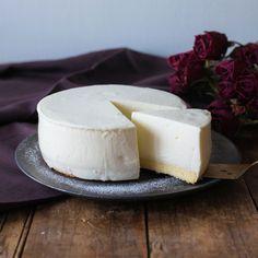 クックパッド「プロのレシピ」より、おもてなしにもぴったりの「レアチーズケーキ」のレシピを紹介♪